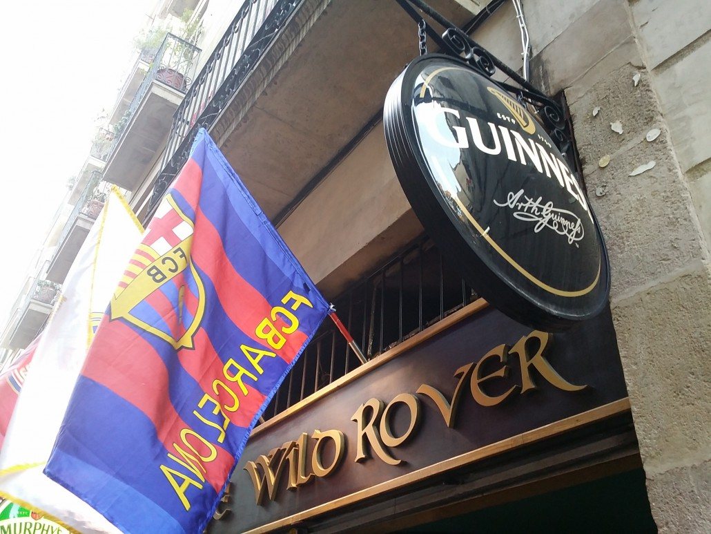 Entry irish pub barcelona in LasRamblas
